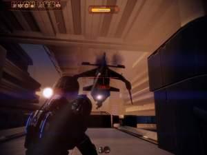 Mass Effect 2 : Dem Jäger müssen Sie auf einer relativ ungeschützten Brücke gegenüber treten.