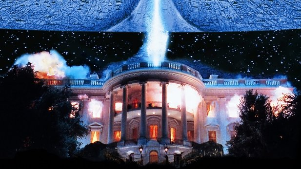 In Independence Day läßt Regisseur Roland Emmerich das White House explodieren.