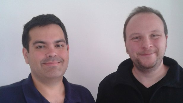 XCOM-Lead-Designer Ananda Gupta and GameStar/GamePro-Redakteur Christian Weigel.