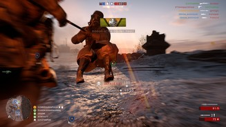 <b>Battlefield 1: In the Name of the Tsar</b><br>Die Tötungsanimation des Husaren ist brutal, aber auch entsprechend befriedigend. Wir spießen unser Opfer auf und schleifen es ein paar Meter mit.