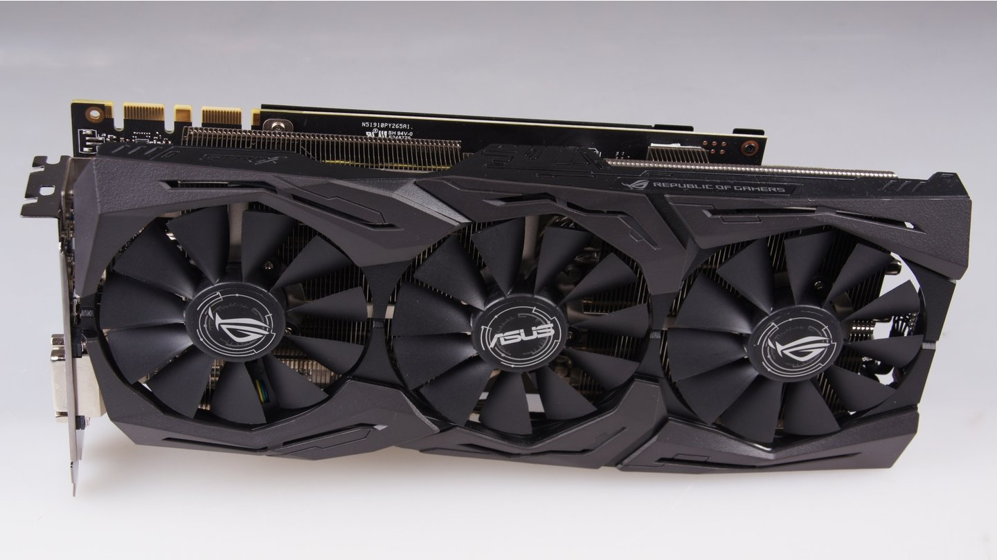 Asus Geforce GTX 1070 Ti ROG Strix Advanced