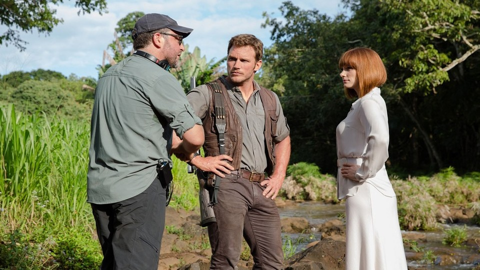 Regisseur Colin Trevorrow vollendet mit Jurassic World 3 seine Dino-Trilogie mit Chris Pratt und Bryce Dallas Howard.