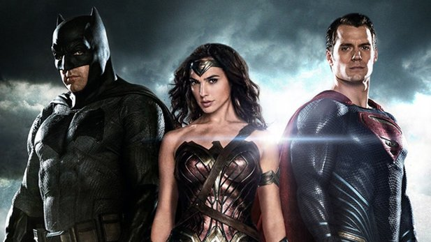 Regisseur Zack Snyder verrät Details zum Superhelden-Clash »Batman v Superman«.