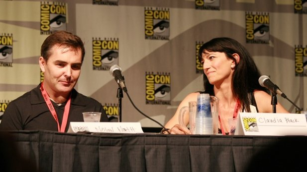 Nolan North und Claudia Black