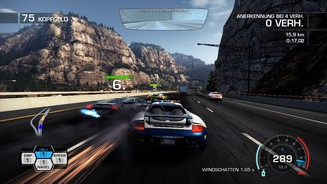 <b>Need for Speed: Hot Pursuit</b><br>Das Streckendesign bietet jede Menge Aha-Momente. Hier brettern wir durch den East Gorge Canyon.