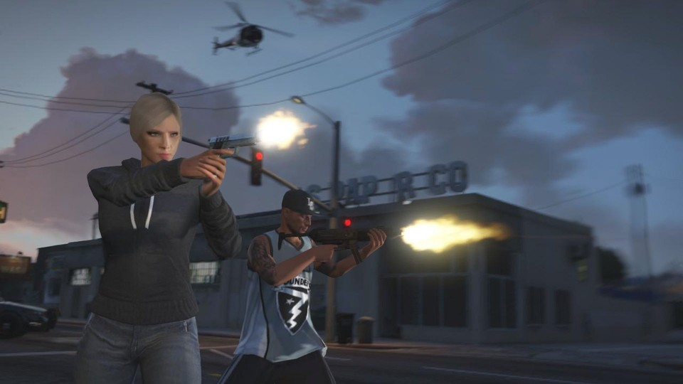Grand Theft Auto Online benötigt Xbox Live Gold.